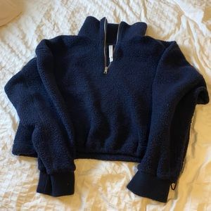 Aritzia cropped slouchy sweater